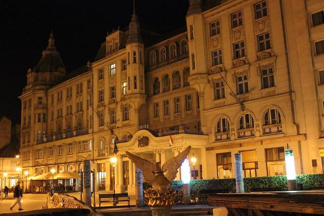 El hotel Aranybika de Debrecen