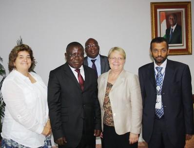Visite  de la banque mondiale  au ministère de l'enseignement supérieur et de la recherche scientifique