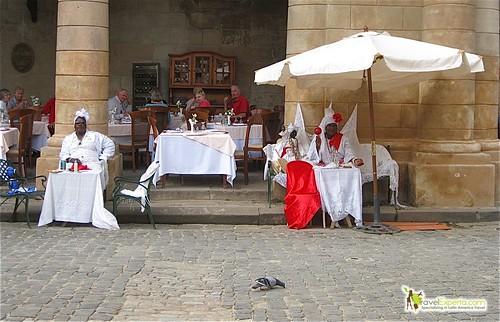 cathedral plaza - santorini women - havana vieja - cuba