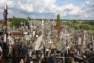 Image of Hill of Crosses near Šiaulių apskritis. cross hill crosses crucifix 2009 lithuania holycross siauliai hillofcrosses rosaries kryžiųkalnas šiauliai pilgrimagesite