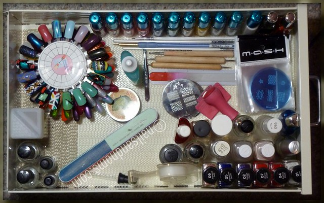 Rie's Polish Stash - 1st Drawer (as of 11/28/11)