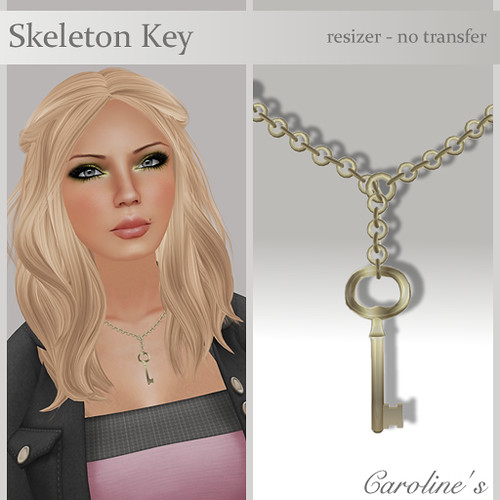 Caroline's Jewelry Skeleton Key Necklace in Gold