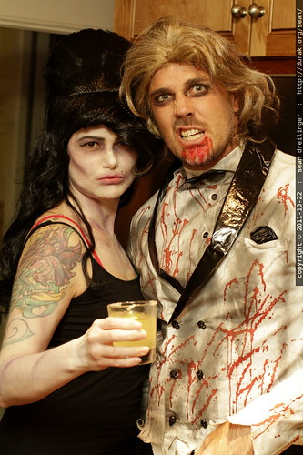zombified   amy winehouse and george clooney    MG 5585