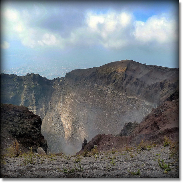 Vesuvius - view inside the crater