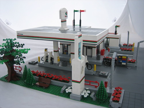 Octan Gas Station
