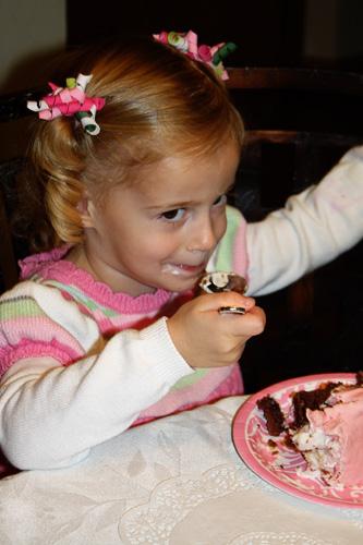 Auttie-eating-cake