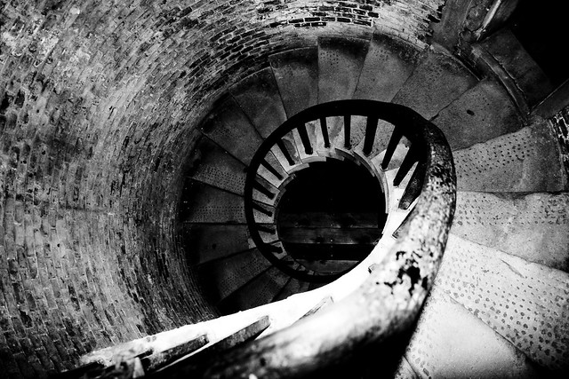 The spiralling decent