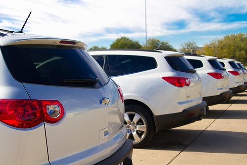 Chevy traverse white diamond edition the nerd 39 s wife for Musser motors in terrell texas