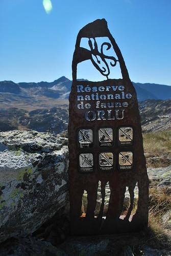 op de grens van réserve nationale de faune orlu
