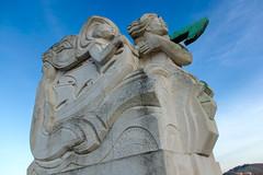 Statue du pont Boieldieu