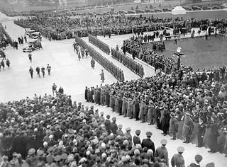 November 16, 1932