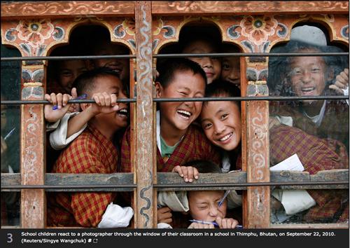 Escolares en Bután 2010  (Reuters / Singye Wangchuk)