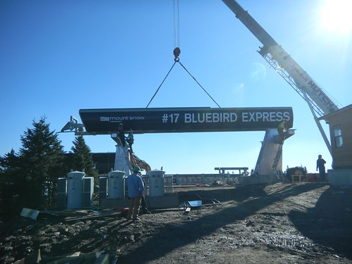 bluebirdexpress-mountsnow-summit-assembly