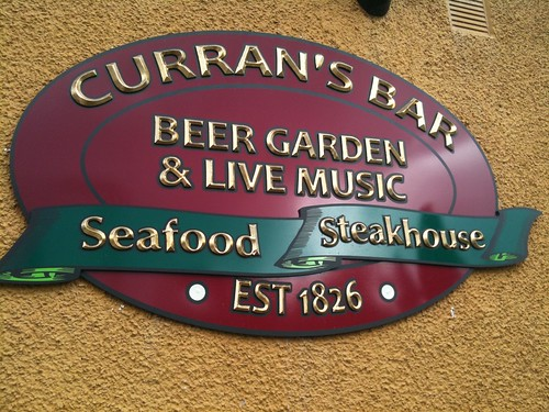 CURRAN'S BAR BESPOKE CARVED FOAMEX SIGN WITH 23 CRT. GOLD FINISH