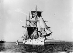 ship of the line(0.0), schooner(0.0), naval ship(0.0), torpedo boat(0.0), fluyt(0.0), frigate(0.0), ghost ship(0.0), barquentine(0.0), manila galleon(0.0), caravel(0.0), gunboat(0.0), ironclad warship(0.0), armored cruiser(0.0), battleship(0.0), galleon(0.0), brig(0.0), brigantine(0.0), sailing ship(1.0), vehicle(1.0), ship(1.0), windjammer(1.0), full-rigged ship(1.0), carrack(1.0), monochrome photography(1.0), ocean liner(1.0), sloop-of-war(1.0), tall ship(1.0), watercraft(1.0), monochrome(1.0), black-and-white(1.0), flagship(1.0),