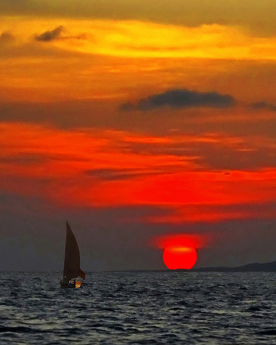 sunset sea cloud sun seascape nature vertical wow outdoors photography kenya silhouettes nopeople explore transportation dramaticsky gettyimages dreamscape tranquilscene 269 colorimage beautyinnature horizonoverwater nauticalvessel bestcapturesaoi galleryoffantasticshots swahilidhowseries