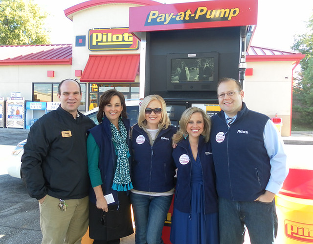 Pilot customers boost United Way - Knox TN Today