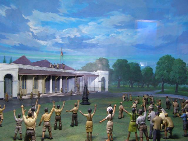 這些圖畫跟人物都是以3D呈現,旁邊還附有故事解說。