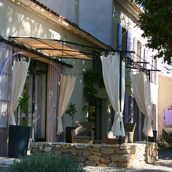 Couleur lavande chambre le loft flickr photo sharing for Chambre d hote avignon