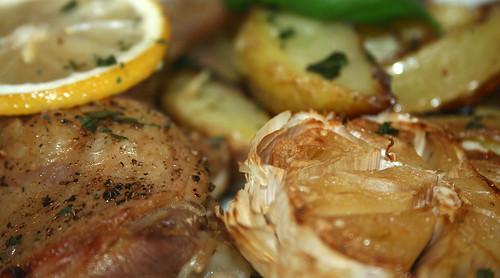 25 - Zitronen-Knoblauch-Hähnchen / Lemon garlic chicken - CloseUp