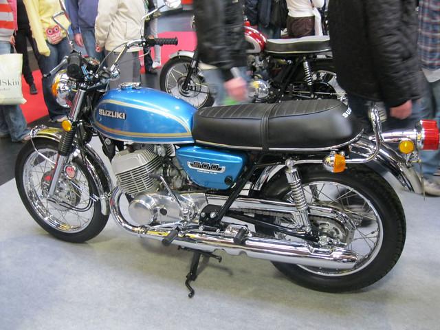 Suzuki T500M at the NEC.