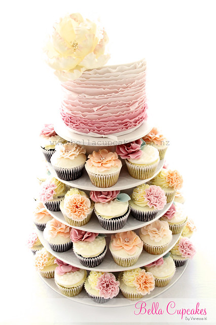 Flickriver: Photoset 'Wedding Cupcake Towers' by Bella Cupcakes ...