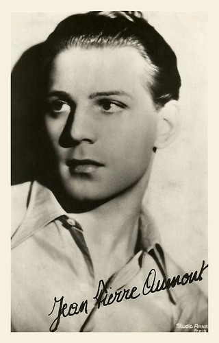 Jean Pierre Aumont