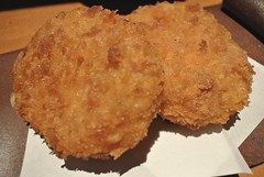 panko, fried food, korokke, mcdonald's chicken mcnuggets, food, dish, chicken nugget, cuisine, potato pancake, fast food,