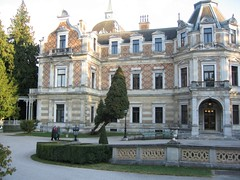 stately home, chã¢teau, building, palace, landmark, architecture, manor house, estate, mansion, facade, home, historic house,