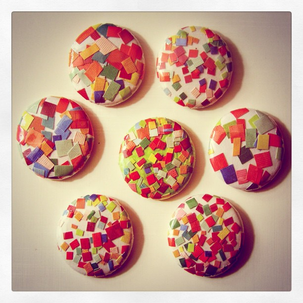 Confetti buttons, oh yeah!