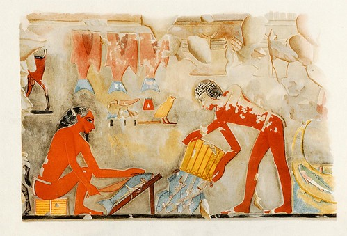 014-Limpiando el pescado-The tomb of Puyemrê at Thebes 1922-1923 - Norman de Garis Davies- © Universitätsbibliothek Heidelberg