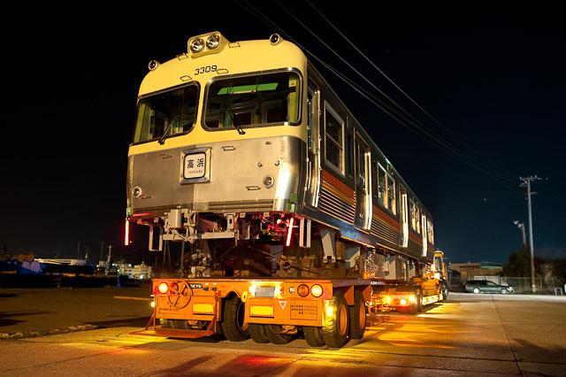 伊予鉄道3000系 3009F クハ3309 陸送
