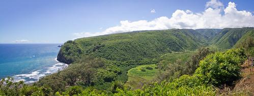 Pololu Valley lookout, Big Island, Hawai'i (panorama)