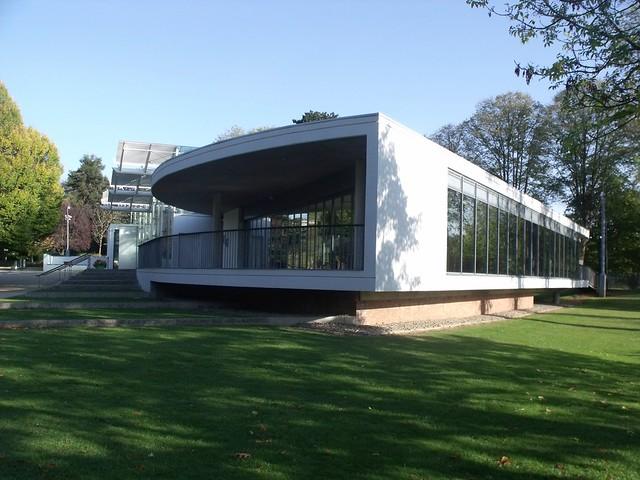 Glasshouse and restaurant jephson gardens leamington for Modern homes leamington