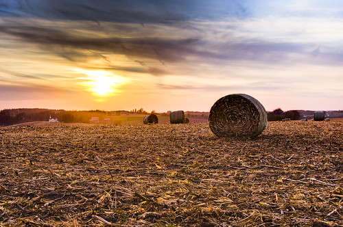 autumn sunset sky usa sun church nature field wisconsin landscape photography corn day image pentax farm photograph kr bales specland hdrscenery kohlbauer hardpancom marckohlbauer