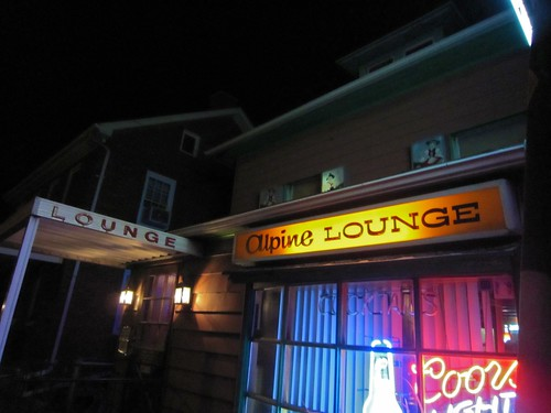 Alpine Lounge