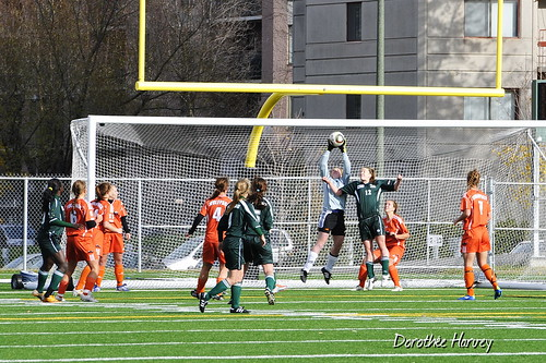 EMILY EDMUNDSON GREAT SAVE VS FX GARNEAU