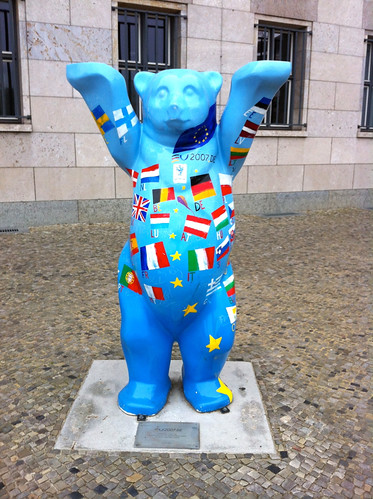 Bear commemorating a meeting of the EU Finance Ministers
