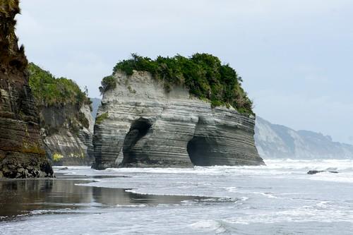 Elephant Rock, Taranaki