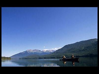 Excursion en canot (Parc Wells Gray, Colombie-Britannique, Canada)