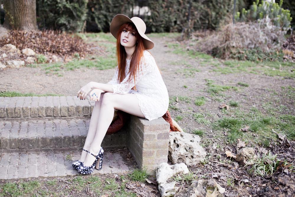 Louise Ebel Pandora Sin City.
