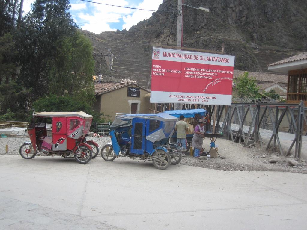 Ollantaytambo Peru Taxis