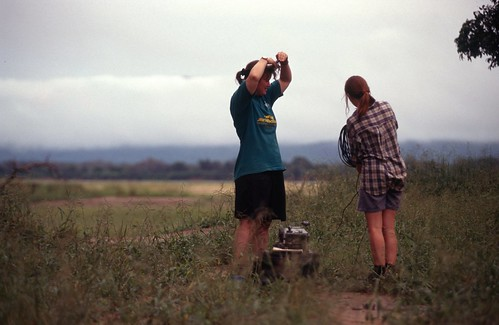 expedition rural scans candid events documentary communication zimbabwe environment fullbody raleighinternational 35mmtransparency 96b raleighinternational96b