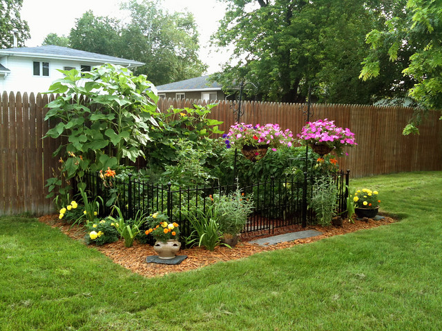 You Do Not Need To Choose Between A Useful Garden And Pretty Garden By Treating Your Edible Plants Like Ornamental You Can Create That