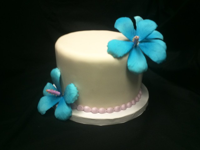 6inch Sky Blue and Purple Hibiscus Wedding cake