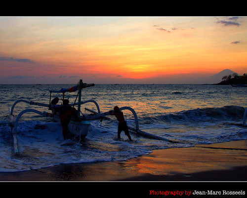 sunset sea sky beach colors canon indonesia boat fishing waves departure lombok prahu sengiggi canon7d mountagungbali