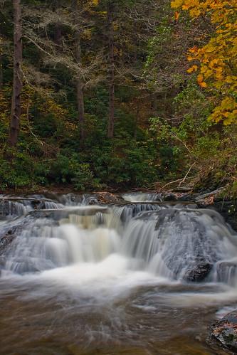 waterfall fallcolors falls delawarewatergap dingmansfalls dingmans