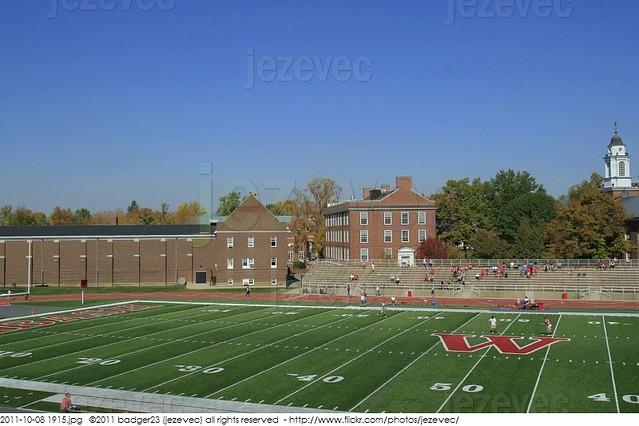 2011-10-08 1915 College Football