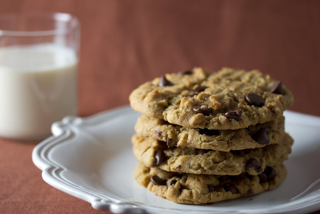 Vegan Peanut Butter Chocolate Chip Cookie