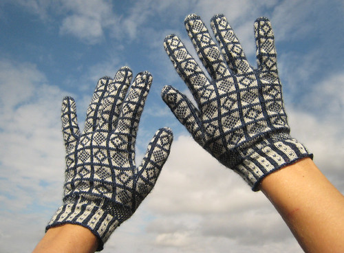Navy Wool Sanquhar Gloves